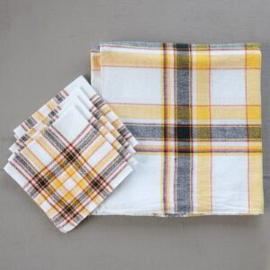 Vintage checked tablecloth and napkin set